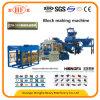 Hohler konkreter Ziegelstein-Straßenbetoniermaschine-Block, der Maschine herstellt