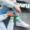 Form-kühle junger Mann-Baumwollkleid-Socke