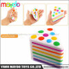 新しいSquishy虹の三角形のケーキの遅い上昇の反圧力のおもちゃ