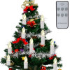 Drahtloser Fernsteuerungsweihnachtsbaum leuchtet warmes Licht durch
