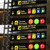 De Verkeersteken van het kanaal LED bij Luchthaven The