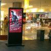 Fußboden der Anschlagtafel-55inch, der LCD-Panel Kisok für Geschäftszentrum steht