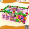 Les enfants à l'intérieur de l'équipement de terrain de jeux doux Hx10401C