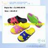 Тапочки Unisex Clogs сандалий сада ЕВА новой модели цветастые