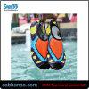 水泳のためのかなり柔らかい水水靴