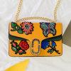 여자 Sy8495를 위한 신식 자수 꽃 핸드백 숙녀 어깨에 매는 가방 최신 판매 새총 부대
