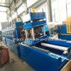 Automatischer Datenbahn Guarail W Träger, der Maschine bildet