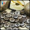 Autour du bouton de couture de noix de coco de nature de quatre trous pour l'habillement