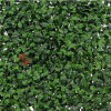 Rete fissa verde artificiale decorativa del foglio