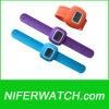 가장 새로운 철석 때림 시계 (NFSP097)