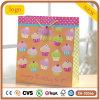 Bolsas de papel anaranjadas del regalo del recuerdo del juguete de la torta de la ropa del cumpleaños