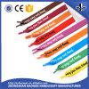 La aduana imprimió cordones de zapato locos del diseño del arco iris