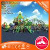 La selva al aire libre gimnasio escalada mantiene a los niños juegan al aire libre Gimnasio