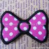 工場衣服の装飾のためのカスタム方法Bowknotの刺繍パッチ