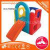 Kind-Schauspielhaus-kleines Plastikplättchen