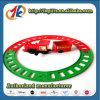 Interessantes Plastikminiserien-Spielzeug und Bahn