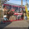 Drapeau de maille de chantier de construction le grand permettent le drapeau traversant venteux de maille pour l'événement