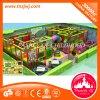 Campo de jogos macio interno da área de jogo das crianças novas do projeto para o miúdo
