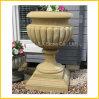 De gele Pot van de Steen van de Tuin van het Zandsteen Marmeren