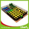 Liben com o parque interno ajustado do Trampoline do retângulo do basquetebol