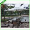部品が付いている屋外のStarbucksバリ島の庭ラインテラスの正方形の傘