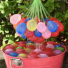 Water Balloons Fill een Bunch in Minutes, Filled met Water en Tied Autumatically