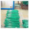 Темно - зеленые столбы усовика ремонтины