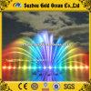 De grote Kleur die van de Regenboog Muzikale Dansende Fontein drijft