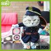 O polícia do animal de estimação veste o uniforme do animal de estimação