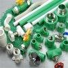 Matériaux de plomberie de gros en Chine PPR/Raccords de tuyaux en réduisant le raccord en T 90degré Coude réducteur