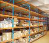 Shelving longo personalizado da extensão no armazém
