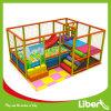 Campo de jogos interno da criança da segurança