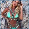 Sexy треугольник надавите вверх женщин купальник бикини, на пляже в Бразилии