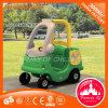 Carro plástico do brinquedo das crianças para miúdos
