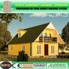 Casa de madeira Prefab clara do frame de aço com sótão e garagem