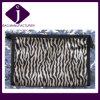 A composição do cetim da impressão da listra da zebra ensaca sacos cosméticos