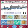 Luftgestoßene Mais-Imbisse, die Maschine herstellen