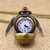 Llavero de cuarzo Snitch Dorada elegante reloj de bolsillo con suéter Necklace cadena