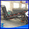 Ременной транспортер с насечками для большого угла поворота в производственной линии