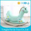 Insieme d'oscillazione d'oscillazione della presidenza di oscillazione del cavallo di oscillazione dei capretti degli animali del giocattolo di plastica del bambino
