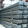 Gleicher Stahlwinkel für Gebäudestruktur