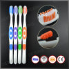 Fabricante adulto do Toothbrush da cerda de nylon feita sob encomenda do OEM de Yangzhou