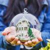 Dollhouse de la bola de cristal DIY con la luz para la decoración casera
