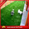 O melhor relvado sintético artificial da grama para a decoração exterior do assoalho