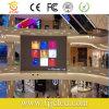 Centre commercial P4 d'intérieur annonçant l'écran d'affichage à LED