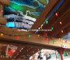 装飾的な球根をつけるクリスマスのいちごの休日
