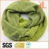 Розовым 100% акриловым/зеленым связанный зигзагом шарф шеи