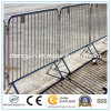 Используемая загородка /Barricades барьеров управлением толпы временно для сбывания