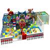 Cour de jeu d'intérieur de récréation de gosses de parc d'attractions