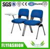 メモ帳(OC-134)が付いている安く青い網の椅子